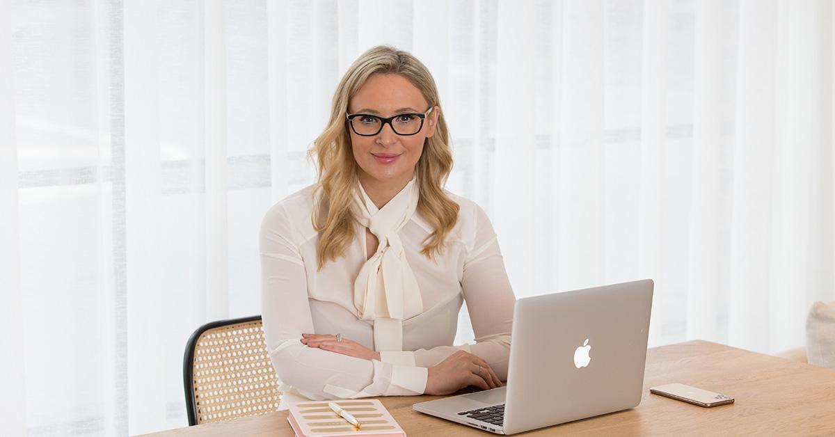 Emma Hendry - Interview with Dana
